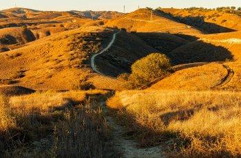 Hills in California Source Pixabay